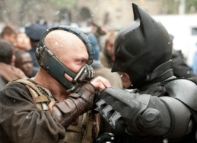 Dark-Knight-Rises-Face-Off