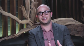 DAMON LINDELOF ON THE VERGE INTERVIEW EXTENDED